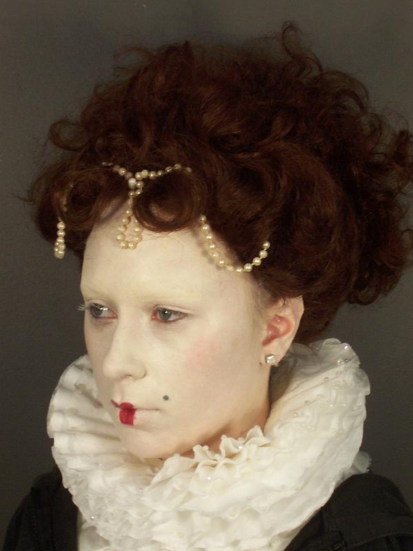 Wigs And Jewelry Elizabethan Clothing